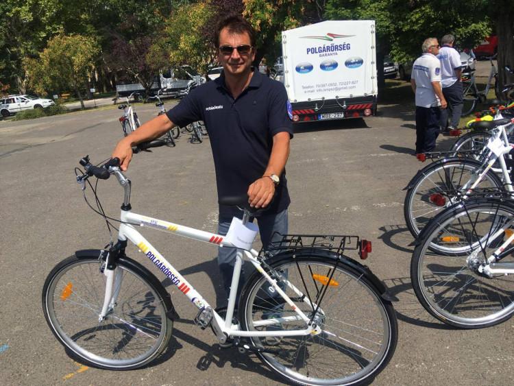A Rendőrség ajándéka – kerékpárok a polgárőröknek