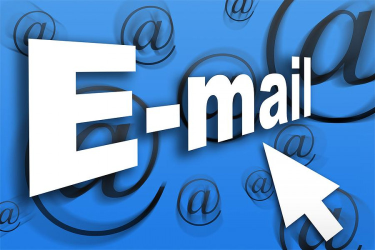 Változások az e-mail címekben