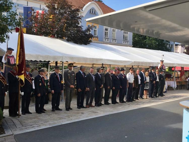 Nemzetközi kapcsolatok ápolása Ausztriában