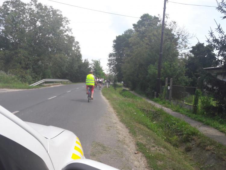 Biciklitúra Kisunyom és Ják között polgárőrökkel