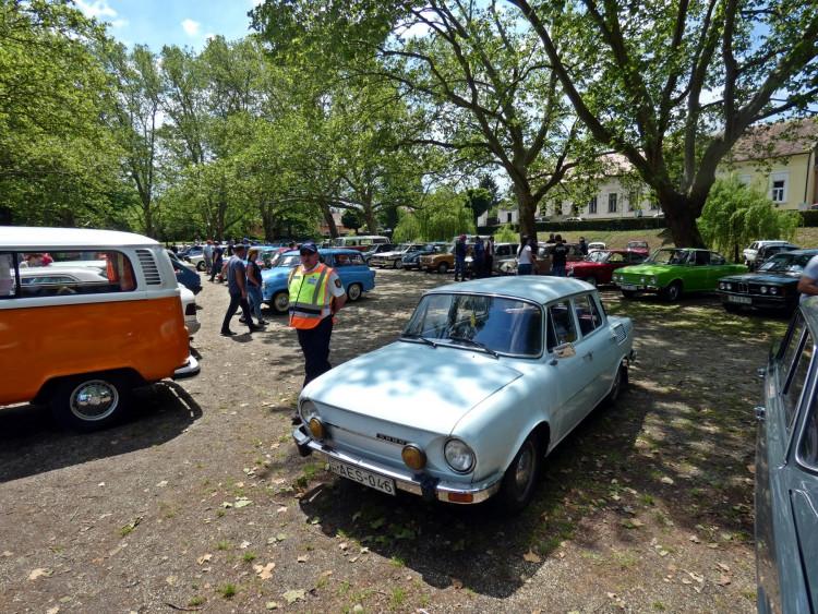 Veterán járművek találkozója Sárváron