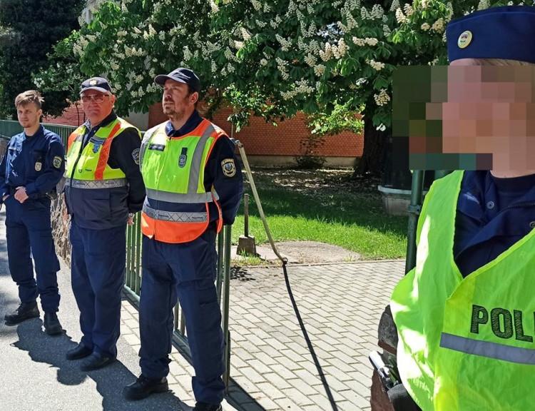 Polgárőrök is segítették az érettségi vizsgák biztonságát Szombathelyen
