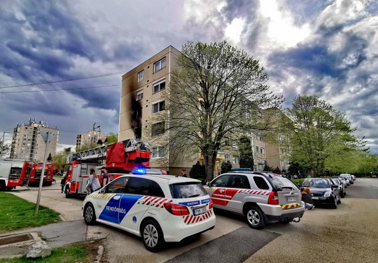 Tűzesetnél segédkeztek a sárvári polgárőrök