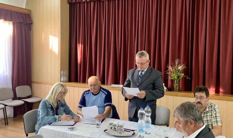 Régi-új elnök Bajánsenyén