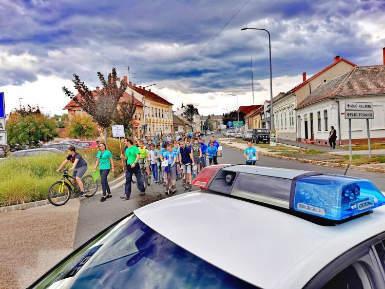 Sárvári polgárőrök a XIV.Környezetvédelmi Napon és a sárvári szüreten